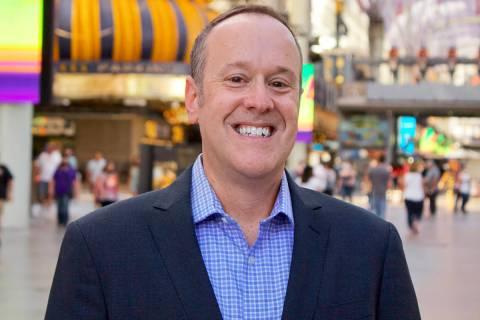 Andrew Simon, aportará mucha energía a la industria de la hospitalidad, los deportes y el ent ...