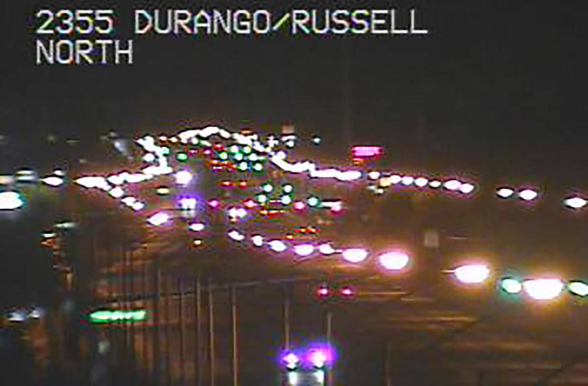 El tráfico se detuvo cerca de las carreteras de Durango y Russell en el valle suroeste el juev ...