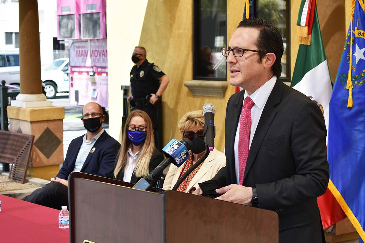 El cónsul de México, Julián Escutia, afirmó que los servicios de la Semana Binacional de Sa ...