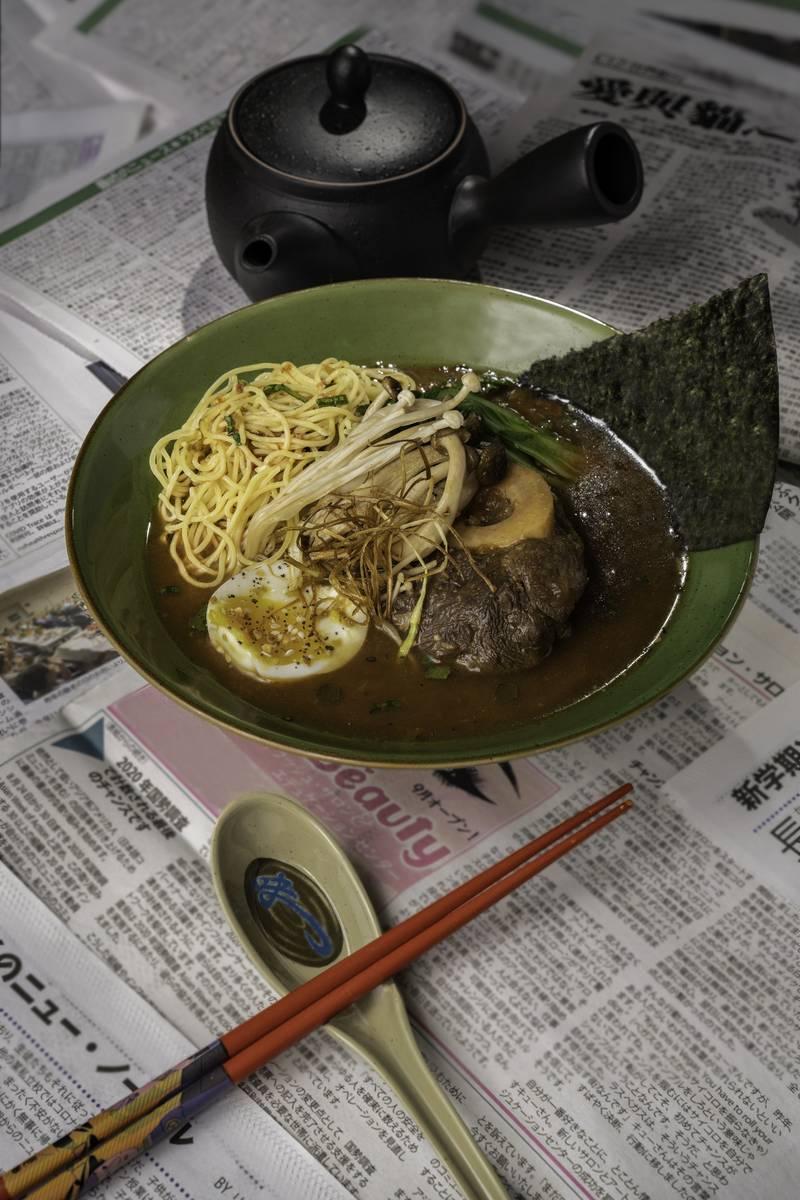 8 East de Circa ofrecerá varios platillos asiáticos, incluyendo ramen. (Mark Medina)