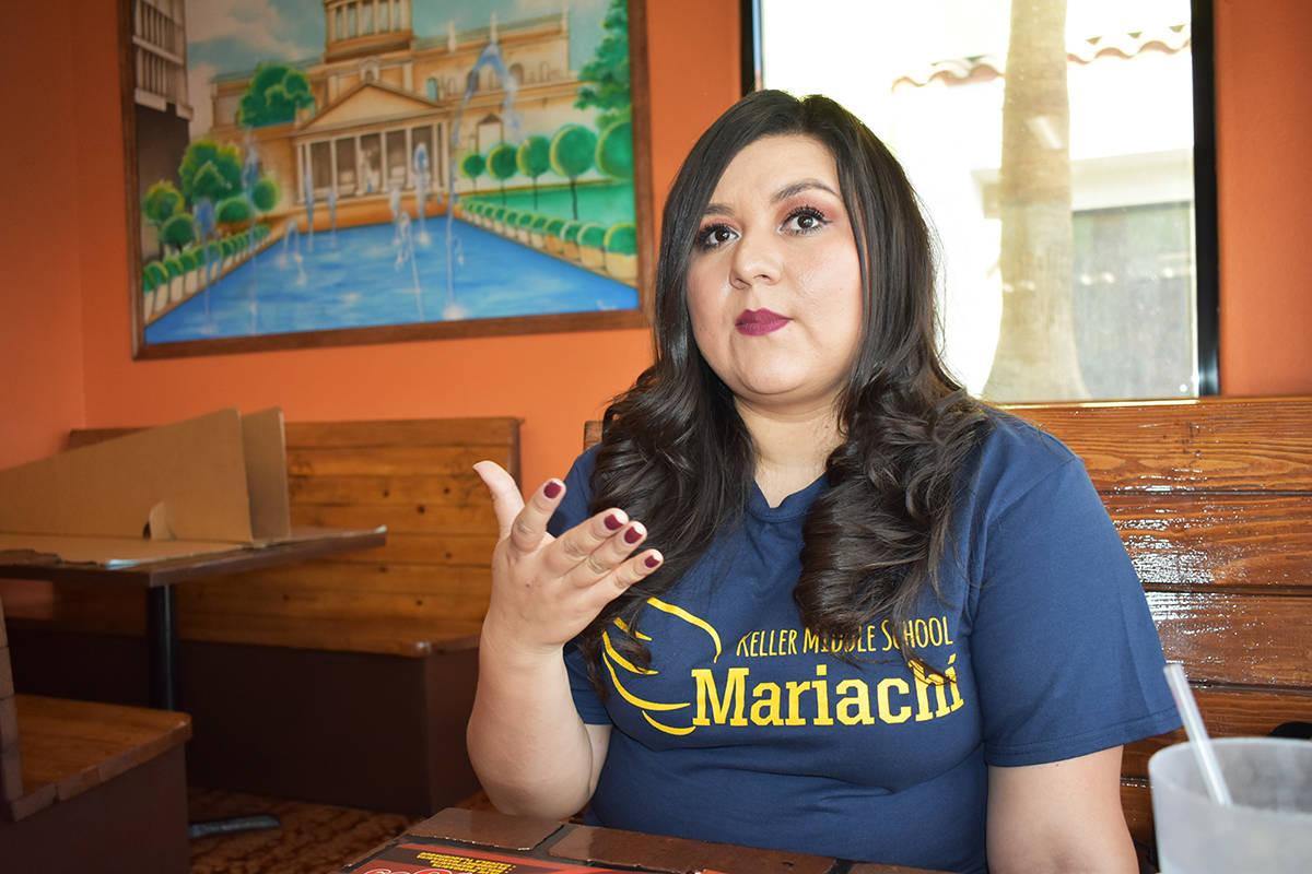 La profesora del Mariachi Alas Doradas de la Escuela Secundaria Keller, Miriam Vázquez, habló ...