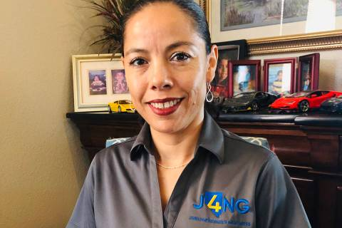María Romero ha dedicado siete años a trabajar en el programa J4NG para apoyar a estudiantes ...