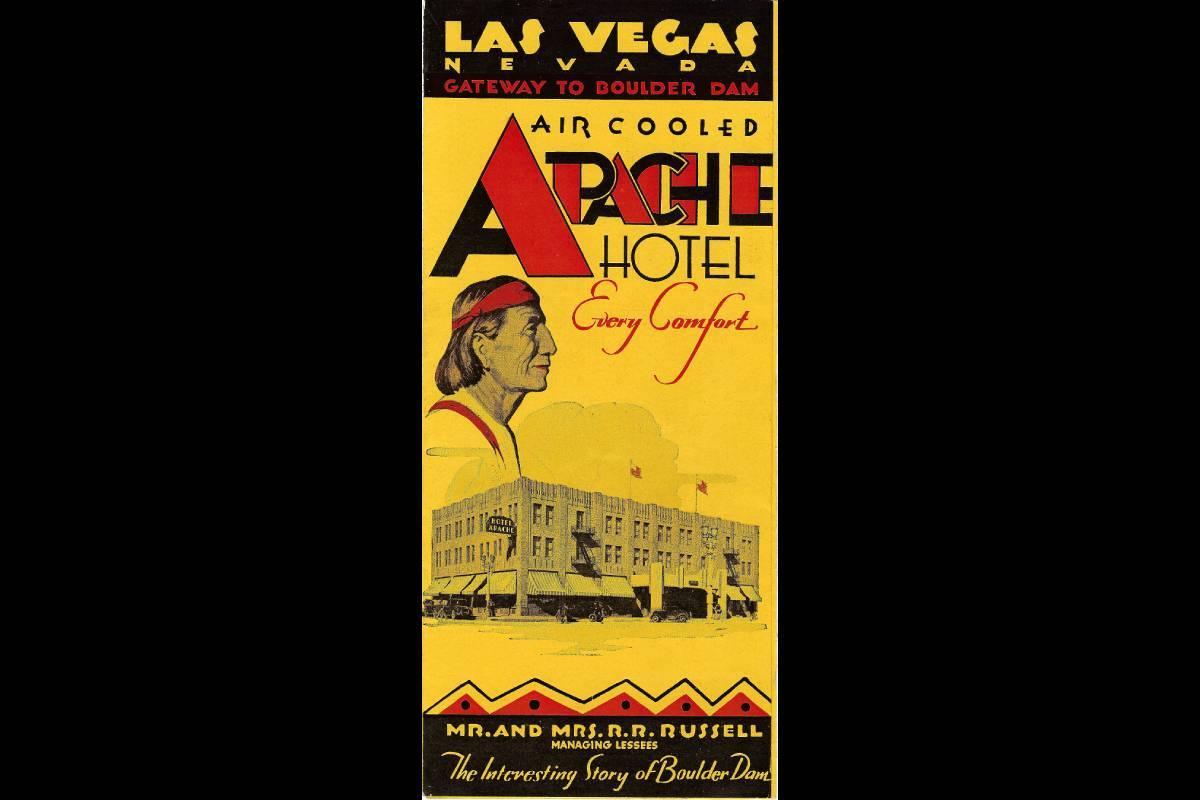 """Un folleto del Hotel Apache anunciando """"todas las comodidades"""". (Cortesía, Robert Stoldal Coll ..."""