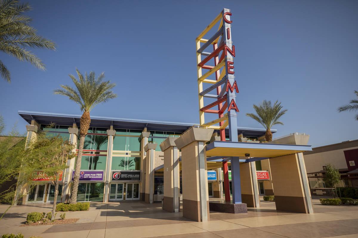 Regal Colonnade en Las Vegas el domingo, 4 de octubre de 2020. (Elizabeth Page Brumley / Las Ve ...