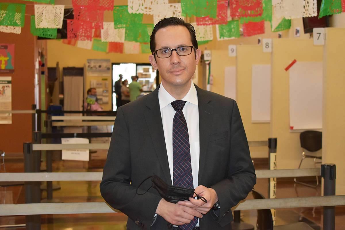 El cónsul de México en Las Vegas, Julián Escutia, se reunió con El Tiempo para abordar dist ...