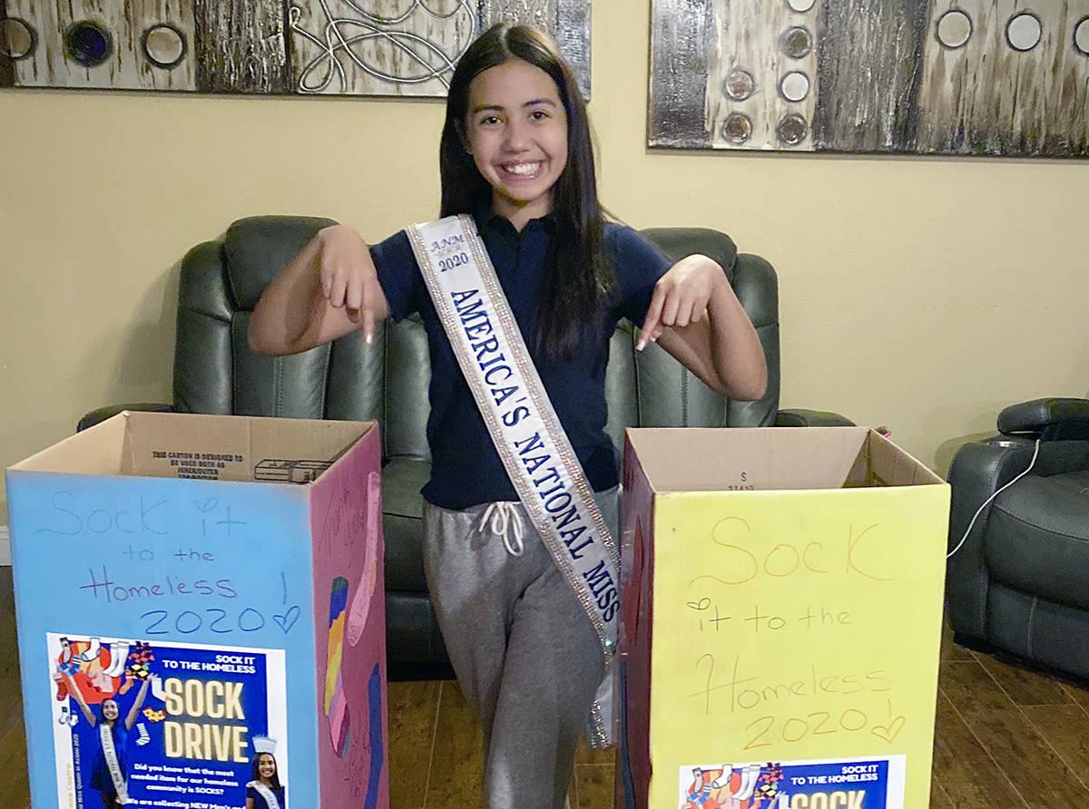 Aiyana participa en varias organizaciones como voluntaria, el 29 de abril fue nombrada Heroína ...