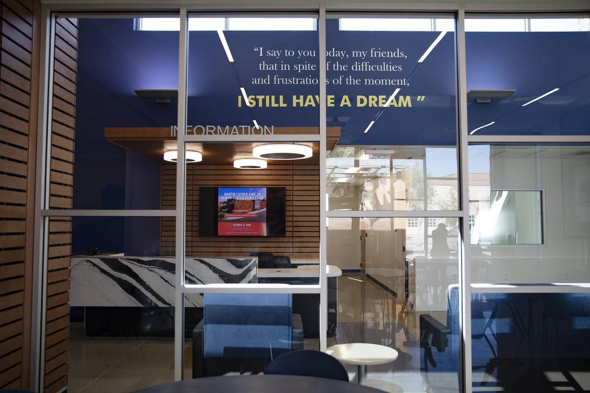 El recientemente ampliado y renovado Martin Luther King Jr. Senior Center en North Las Vegas el ...