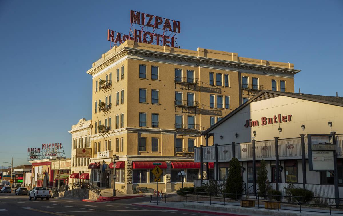 El Hotel Mizpah en Tonopah, Nevada, el miércoles 30 de octubre de 2019. (L.E. Baskow/Las Vegas ...