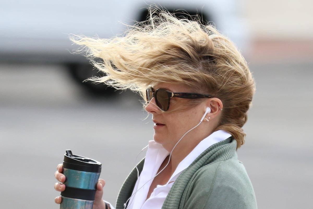 Habrá vientos fuertes todo el día el lunes, 26 de octubre de 2020, según el Servicio Meteoro ...