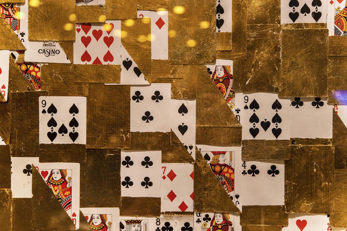 El arte del juego está presente en las paredes del área de juego de alto límite en Circa el ...