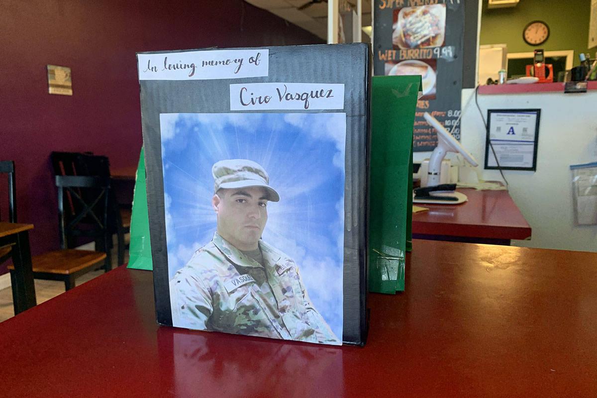 Ciro Vásquez Jr. es recordado en la Taquería del Paisano, donde fue asesinado el domingo, 25 ...