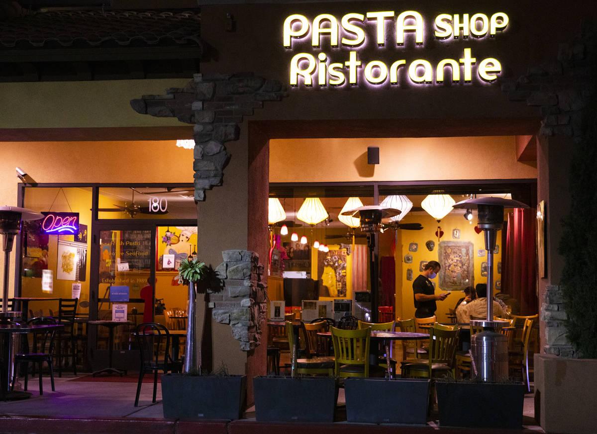 Pasta Shop Ristorante en Henderson, lunes 16 de noviembre de 2020. Los restaurantes se preparan ...