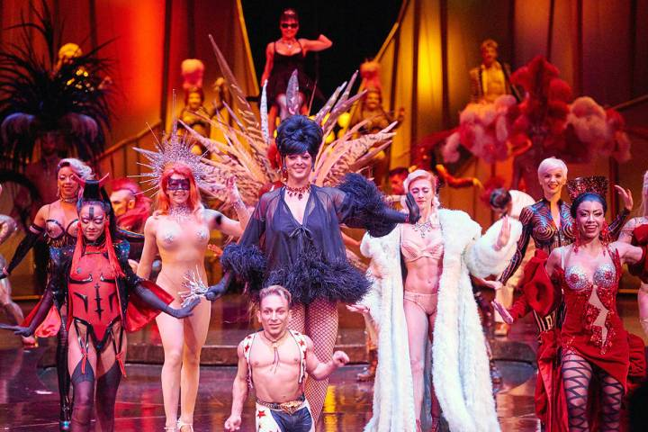"""El espectáculo """"Zumanity"""", parte del Cirque Du Soleil se presentó con éxito en el New Yo ..."""