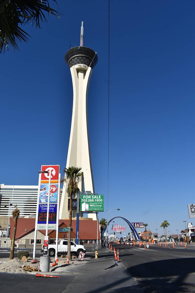 El arco de entrada al centro costó $6.5 millones. [Foto City of Las Vegas]