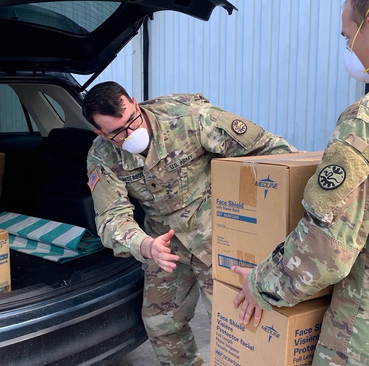 La Guardia Nacional tiene asociaciones de mucho tiempo con los administradores de emergencias e ...