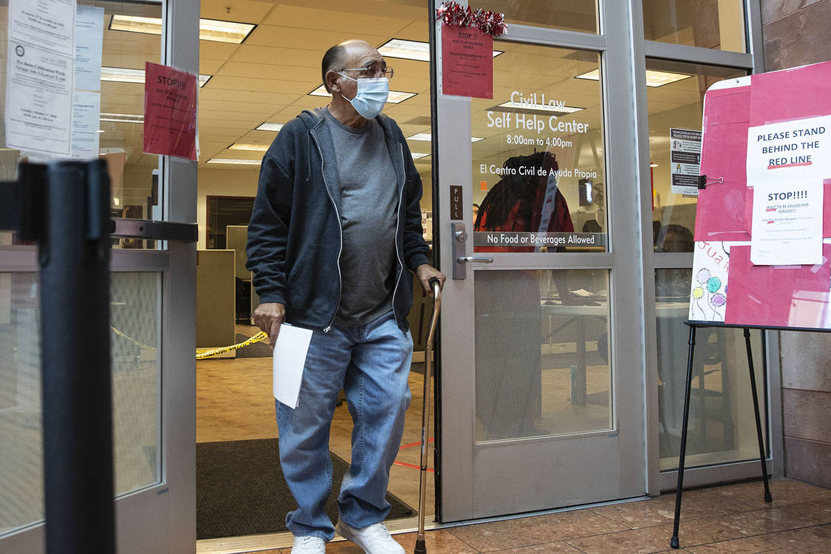 Jimmy Marks deja el Civil Law Self-Help Center, operado por Legal Aid Center of Southern Nevada ...