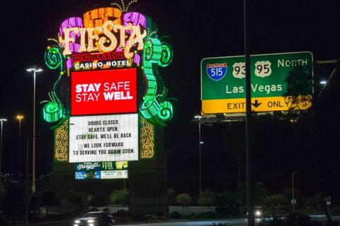 Fiesta hotel-casino fotografiado el lunes, 18 de mayo de 2020, en Las Vegas. (Bizuayehu Tesfaye ...