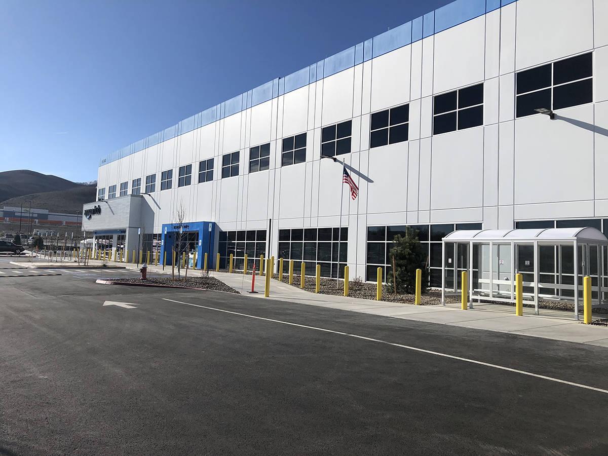 Amazon continúa invirtiendo en Nevada con miles de empleos para respaldar las operaciones de o ...