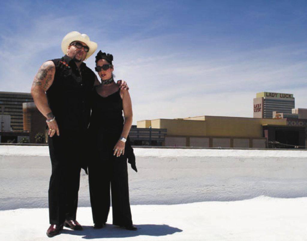 """Carlos """"Big Daddy"""" Adley y su esposa, Ava Berman, compartieron la visión de Tony Hsieh de revi ..."""