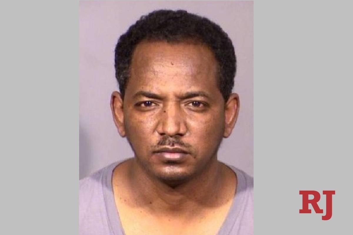 Yonas Tesfaslasie fue arrestado bajo la sospecha de conducir bajo la influencia del alcohol y d ...