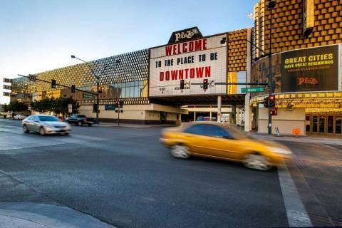 El actual edificio de la terminal de autobuses Greyhound en el centro de la ciudad que el Hotel ...