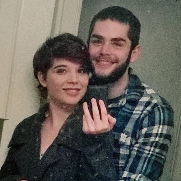 Kayleigh Lewis y Shawn McDonnell posan juntos en esta foto publicada en Facebook en noviembre d ...