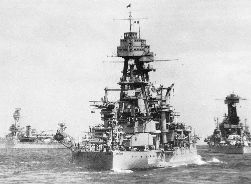 El U.S.S. Arizona fue hundido durante el ataque japonés a Pearl Harbor el 7 de diciembre de 19 ...