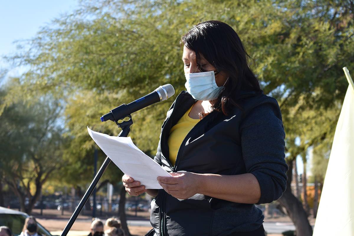 Susana Espada leyó una carta con un sólido mensaje dirigido al gobernador Steve Sisolak. Mié ...