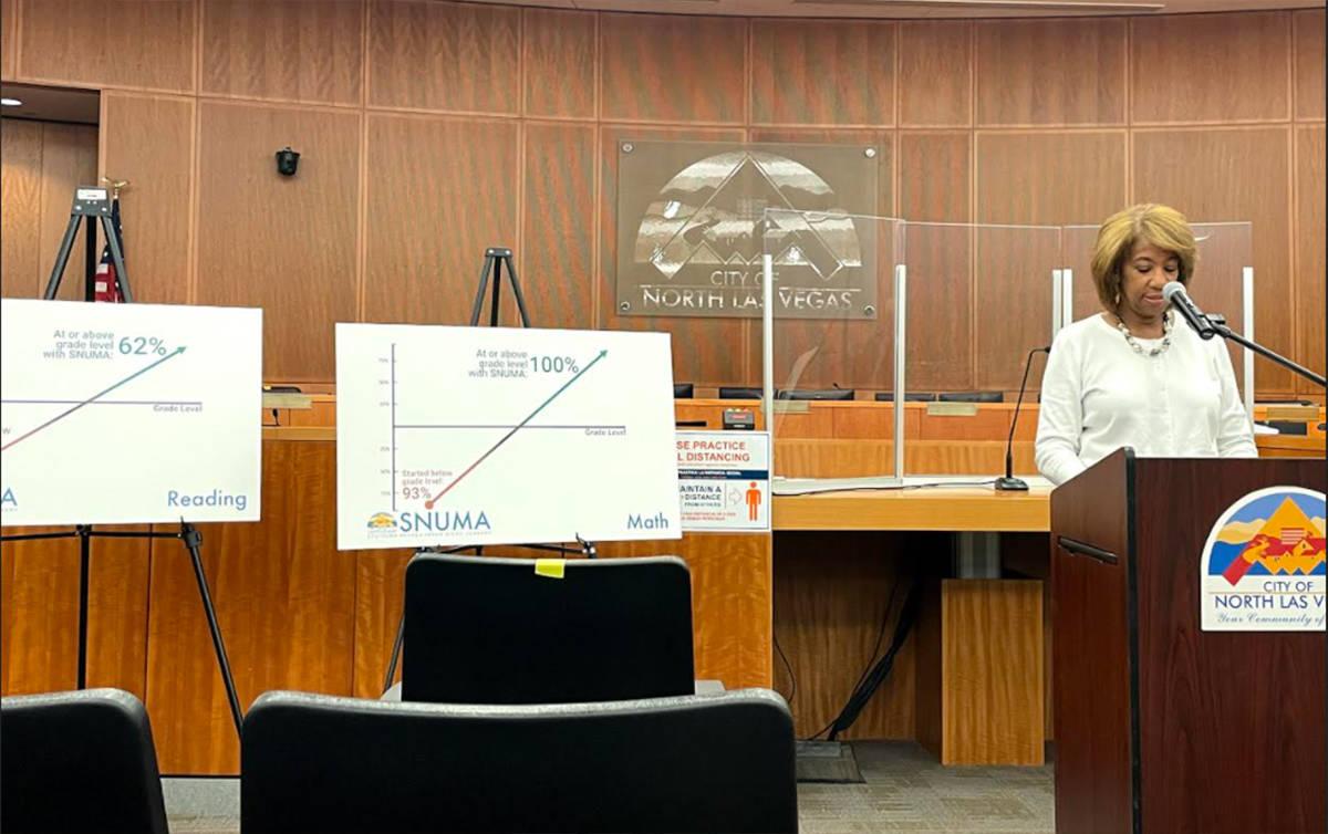 La concejal Pamela Goynes-Brown dijo que la pandemia ha afectado desproporcionadamente a los es ...