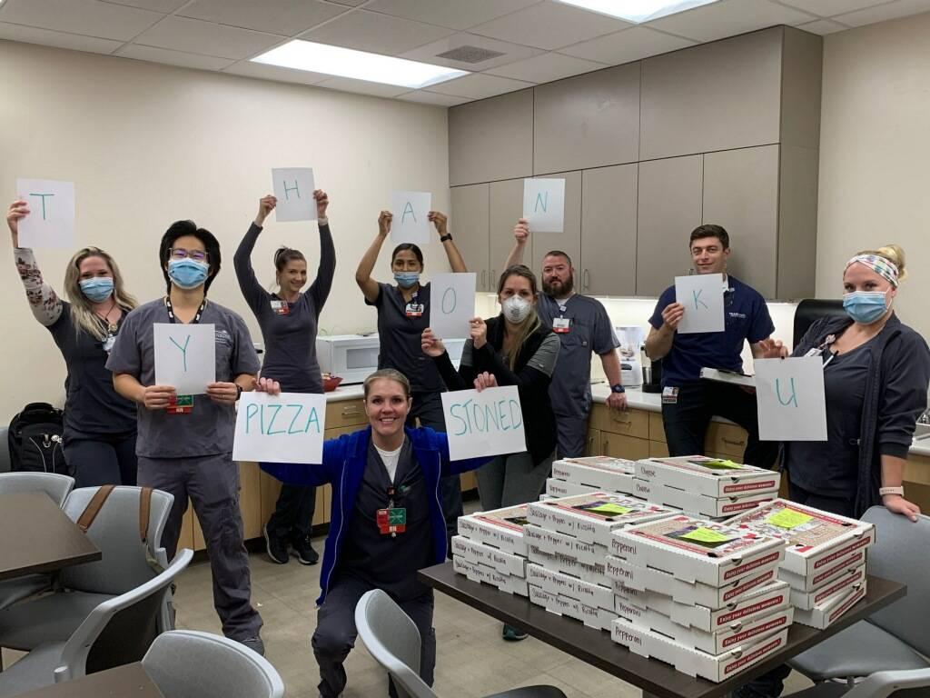Madisen Saglibene regaló pizzas personales al personal de los hospitales y tiendas del Valle d ...