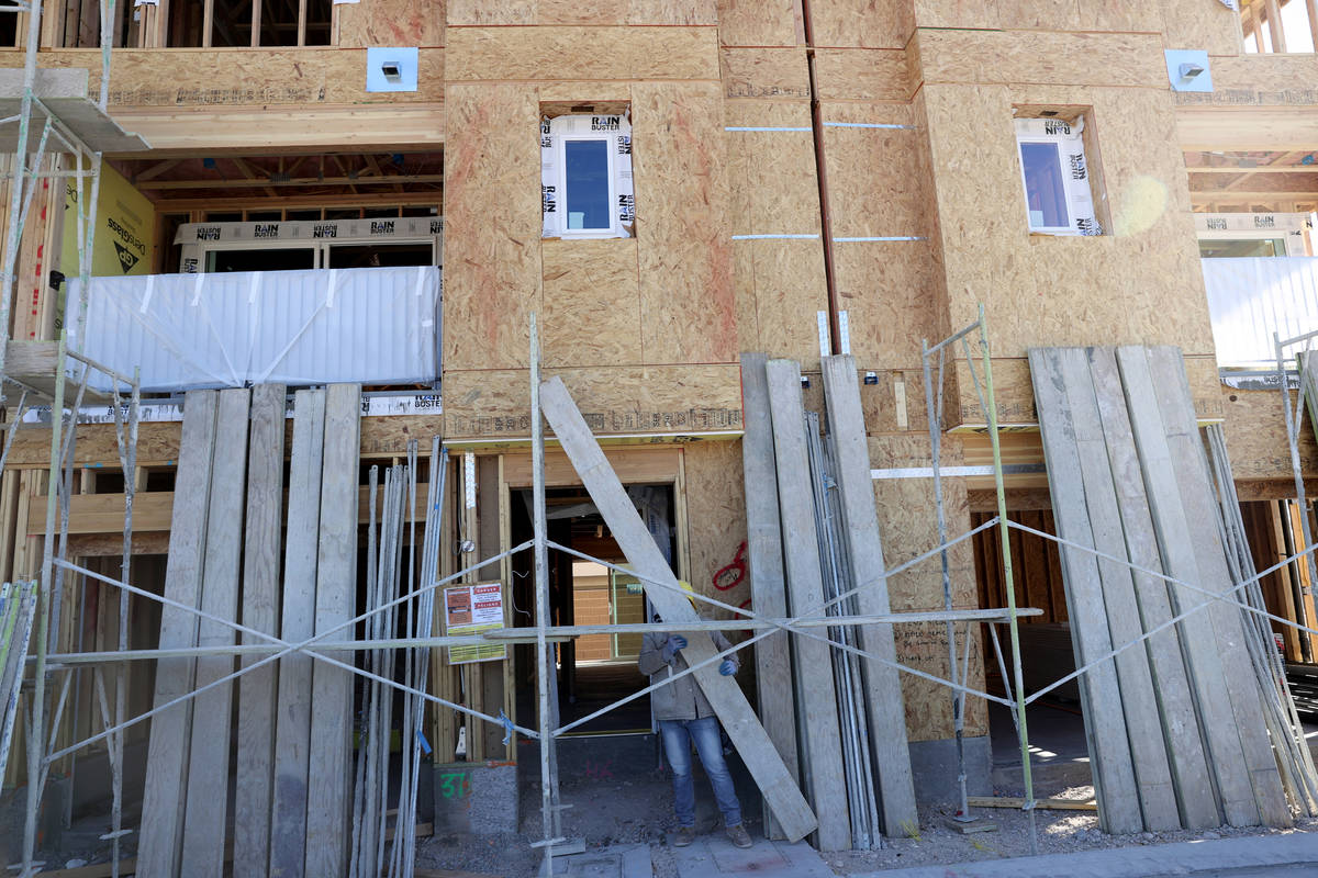 Panorama de Touchstone Living en construcción en North Hualapai Way, cerca de Gowan Road en La ...