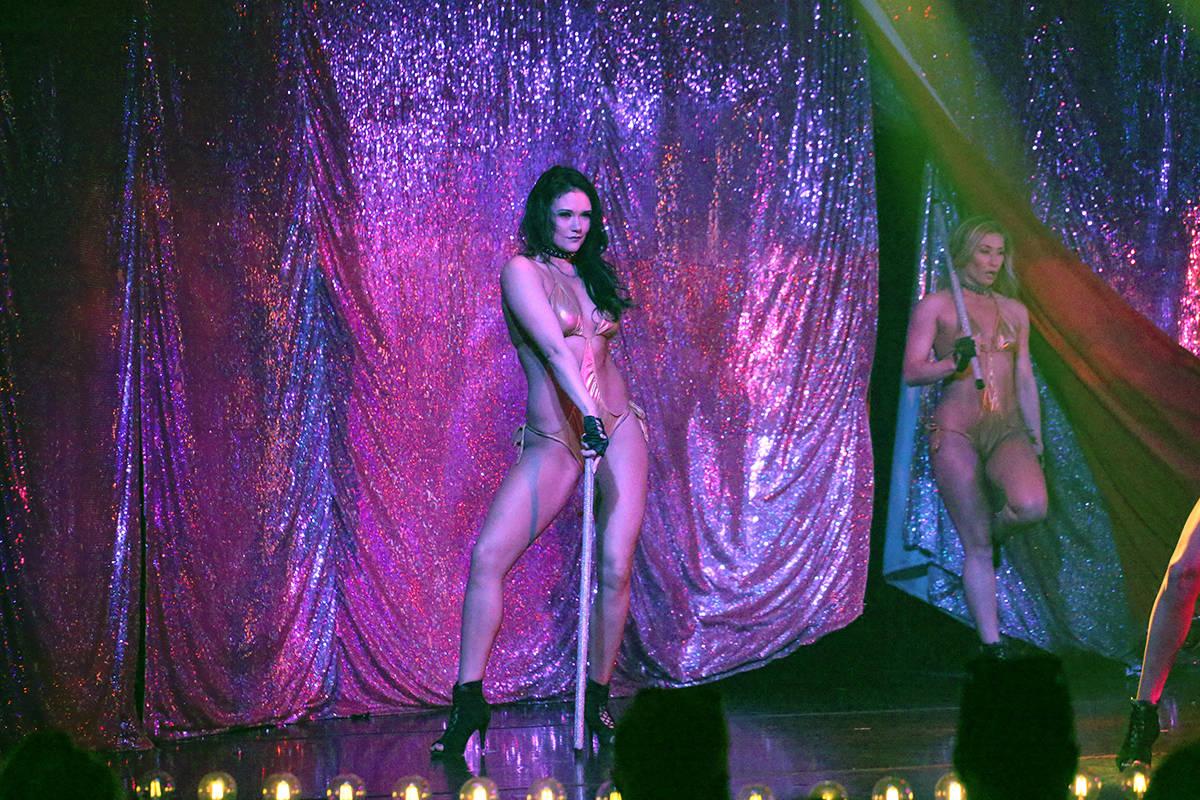 """X Burlesque ha sido catalogado como """"El espectáculo más sexy de Las Vegas"""" por Travel Cha ..."""