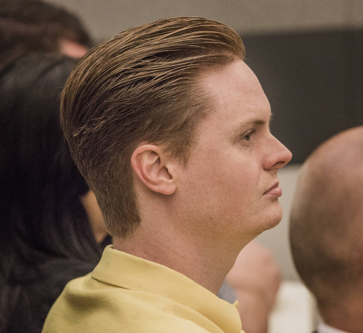 Christopher Cooney asiste a la sentencia de su madre en el Centro Regional de Justicia el 9 de ...