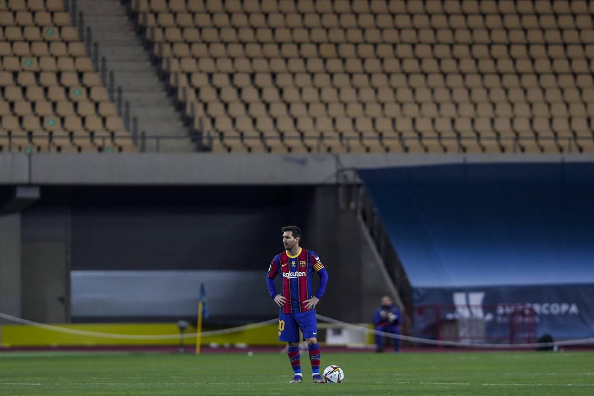 Lionel Messi durante la final de la Supercopa de España entre el FC Barcelona y el Athletic de ...