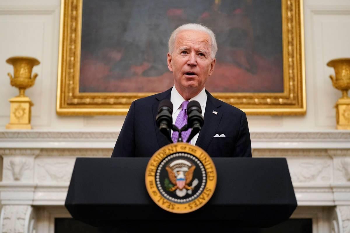 El presidente Joe Biden habla sobre el coronavirus en el Comedor Estatal de la Casa Blanca, el ...