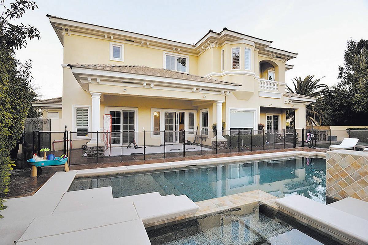 El jugador de los Golden Knights, Jonathan Marchessault, vendió su casa en la zona de Summerli ...