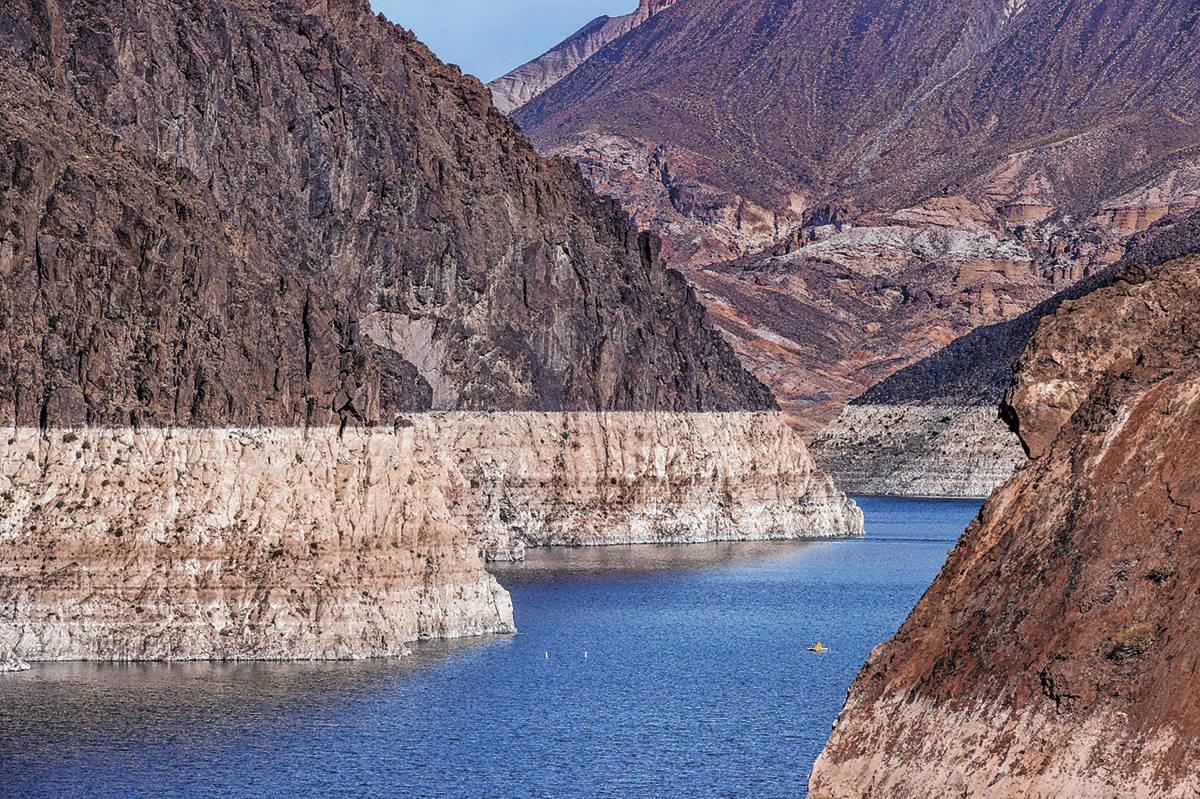 Los niveles de agua actuales en el lago Mead para las próximas proyecciones de acumulación se ...