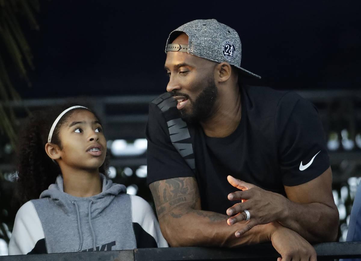 En esta foto de archivo del 26 de julio de 2018, el exjugador de los Lakers de Los Ángeles, Ko ...