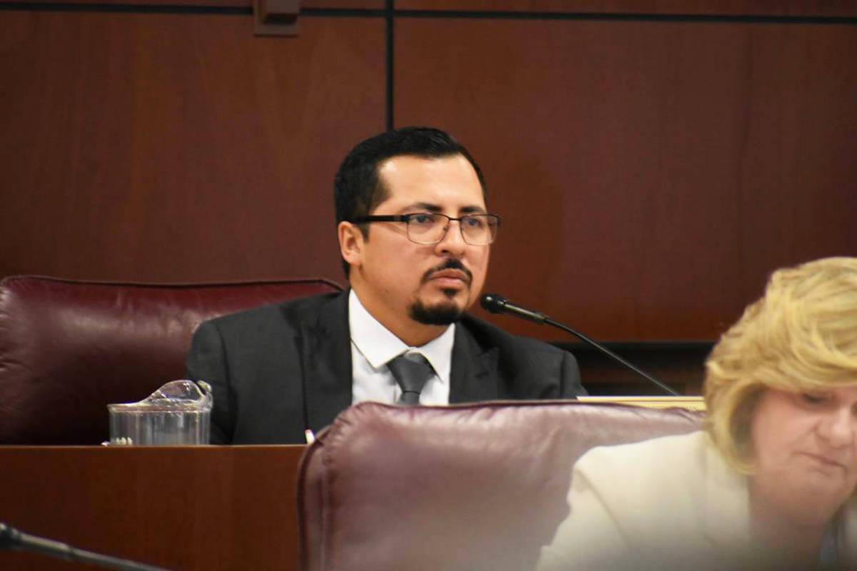 En esta foto de archivo, el asambleísta Édgar Flores durante una sesión de la Asamblea de Ne ...