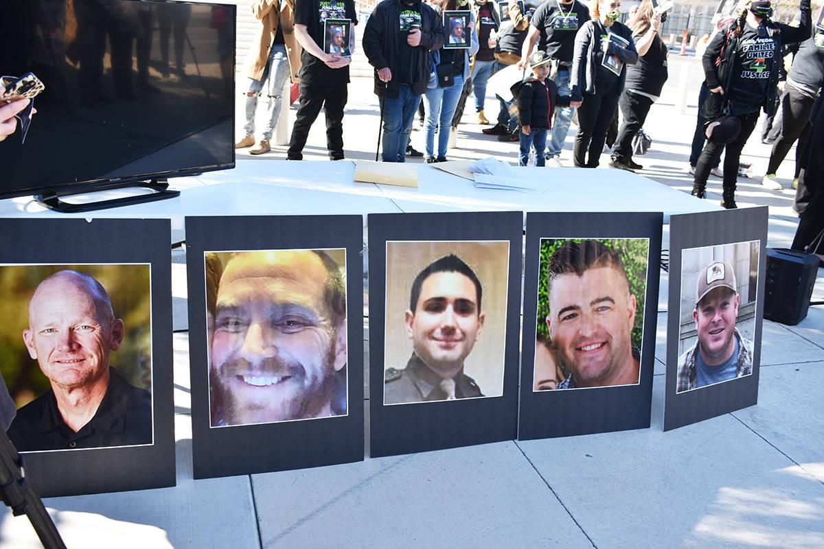 Fotografías de los oficiales que estarían involucrados en el caso Jorge Gómez son exhibidas ...
