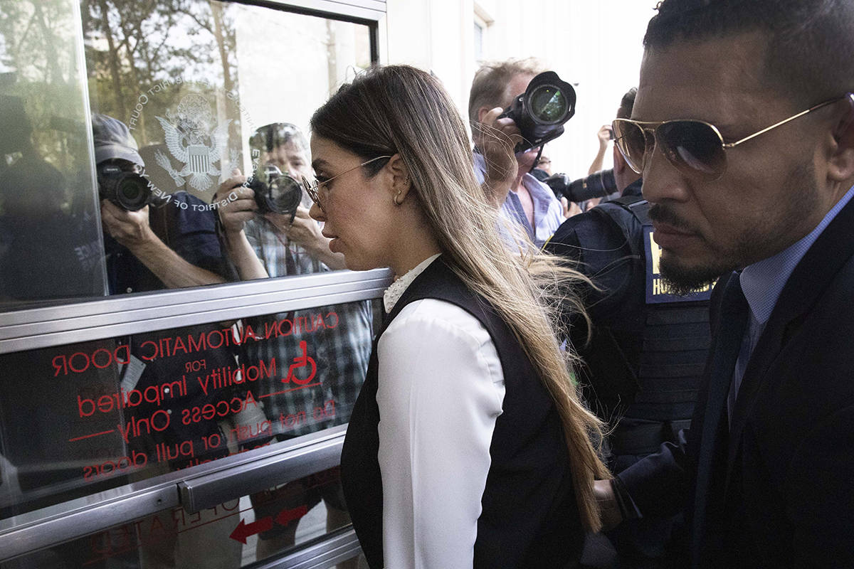 """En esta foto de archivo, Emma Coronel Aispuro, esposa del narcotraficante mexicano Joaquín """"El ..."""