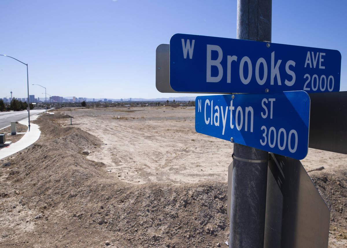 Señal de la calle North Clayton el miércoles, 24 de febrero de 2021, en North Las Vegas. Will ...