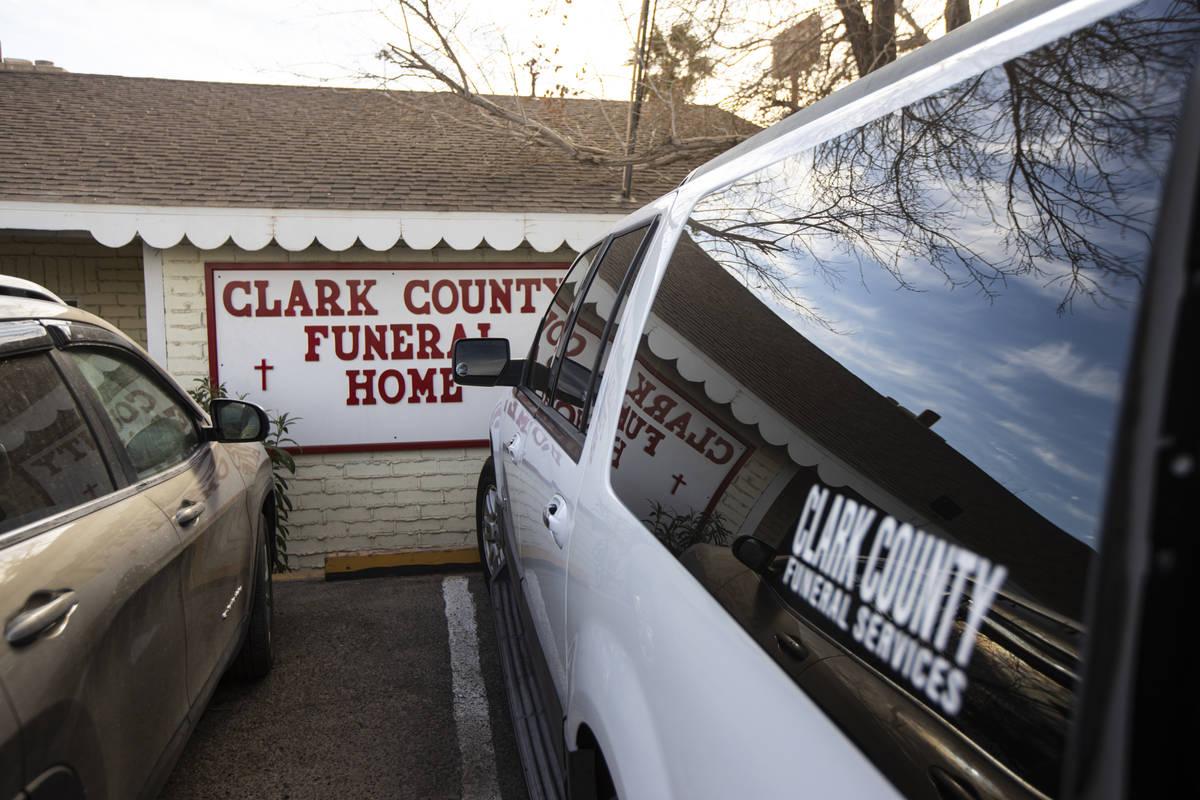 Una vista de la capilla de Clark County Funeral Services en Las Vegas el 22 de enero de 2021. ( ...