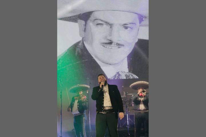 """""""El Rey del Underground"""", tuvo el honor de ser el artista estelar a cargo de cerrar con bro ..."""