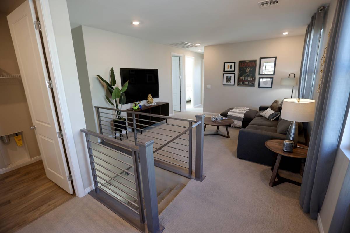 Segundo piso de la casa modelo en la comunidad KB Home de Stonegate en Las Vegas el jueves, 25 ...