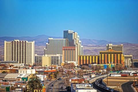 El horizonte del centro de Reno el martes, 19 de enero de 2021. (Benjamin Hager/Las Vegas Revie ...