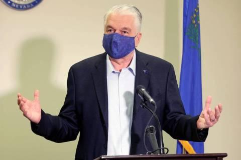 El gobernador de Nevada, Steve Sisolak, habla durante una rueda de prensa en el Edificio Sawyer ...