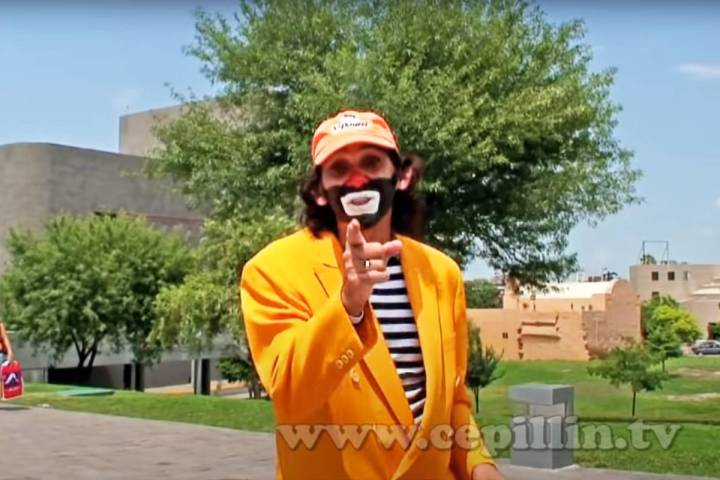 """Imagen tomada del video musical """"La feria de Cepillín"""", el cual se puede observar en YouTube. ..."""