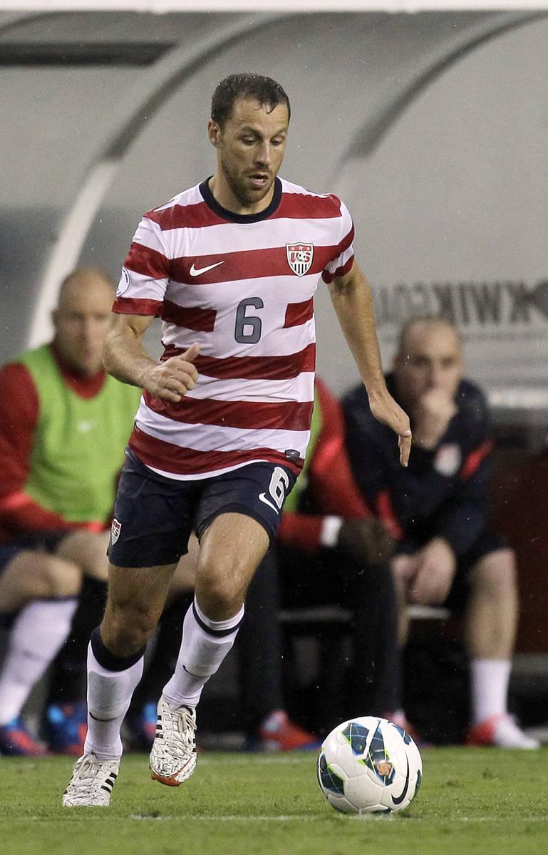 En esta fotografía de archivo del 8 de junio de 2012, el jugador de Estados Unidos, Steve Cher ...