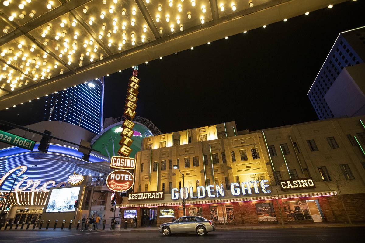 El hotel-casino Golden Gate en Las Vegas el martes, 16 de marzo de 2021. (Erik Verduzco/Las Veg ...